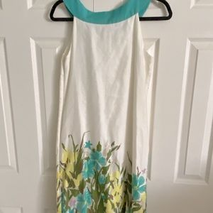 ADORABLE and FLATTERING dress! Like NEW